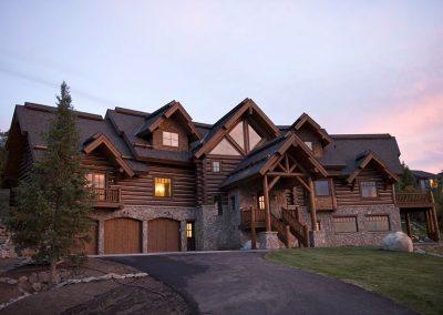 rivertree-custom-builders-steamboat-haus-residential-home4