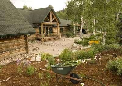 rivertree-custom-builders-steamboat-pine-loghome-residential-home11